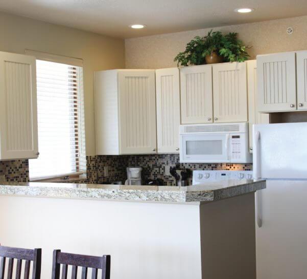Cedar River two bedroom suite kitchen