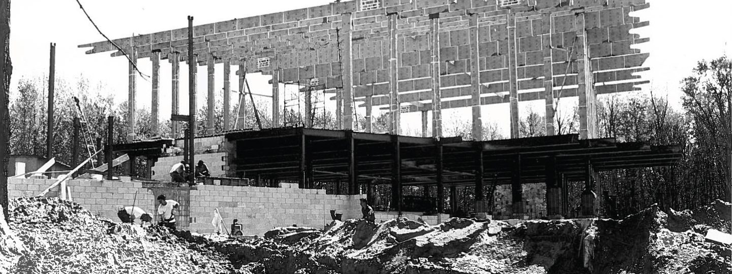 historical photo of Shanty Creek lodge construction