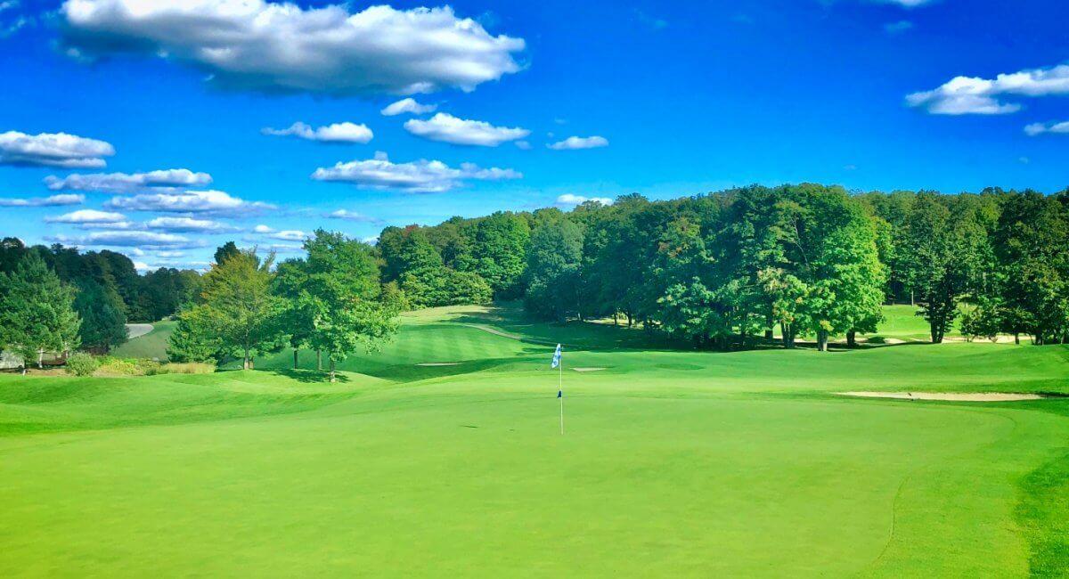 Cedar River golf course. hole #6